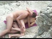Sexe à la plage avec sa femme